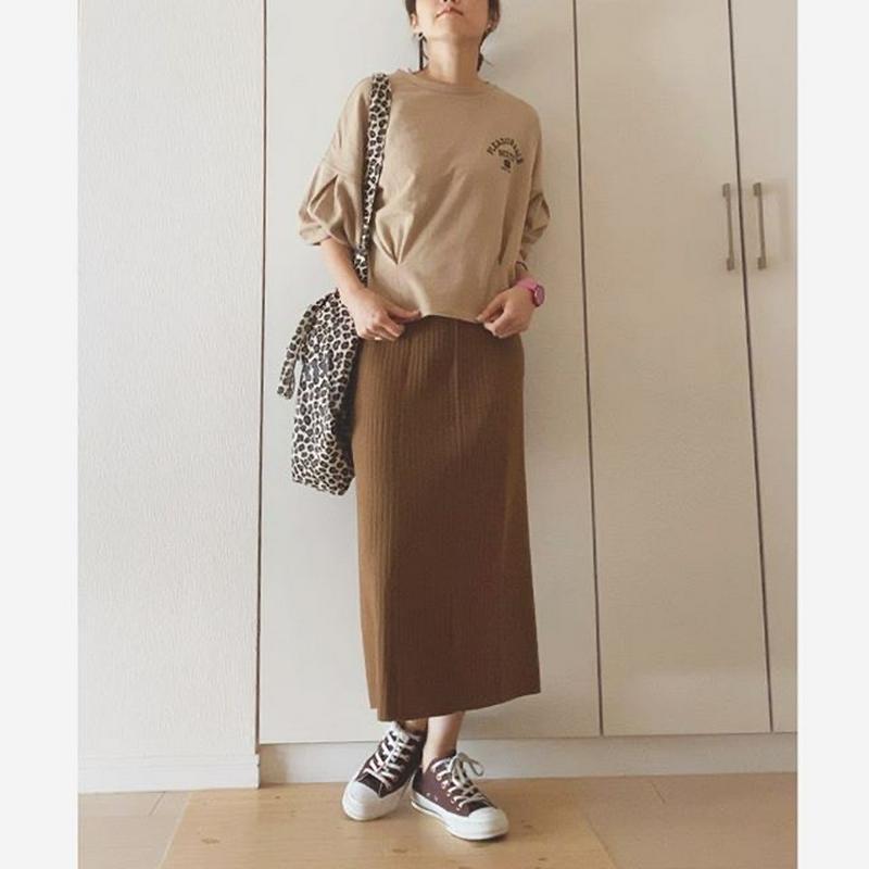 UNIQLO(ユニクロ)の「メリノブレンドリブスカート」をあわせたコーディネートです