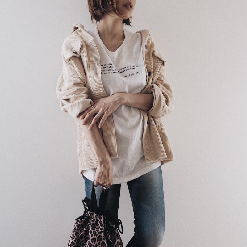 CHOCOA(チョコア)の「スリムストレートストレッチデニム【マタニティ服】19k10dm」をあわせたコーディネートです