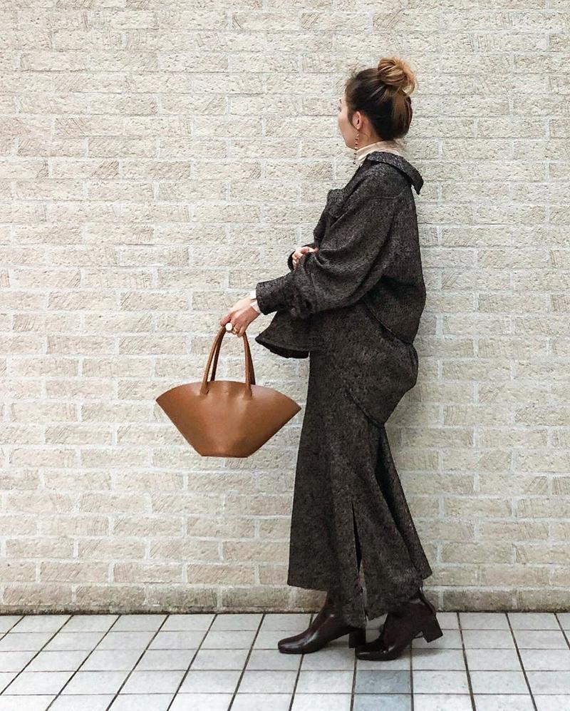LAGUNAMOON(ラグナムーン)の「ヘリンボンツィードマキシスカート」をあわせたコーディネートです