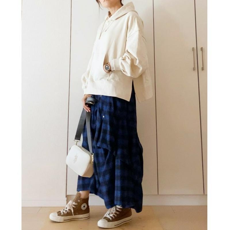 mercibeaucoup,(メルシーボークー)の「メルシーボークー、 / GF B:メルチェック / スカート」をあわせたコーディネートです
