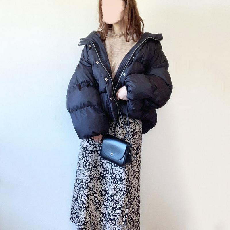 shopnikoniko(ショップニコニコ)の「ミニバッグ ショルダー バッグ ミニショルダー レディース 斜め掛け【即納】 ポシェット クロコ 合皮 Instagram」をあわせたコーディネートです