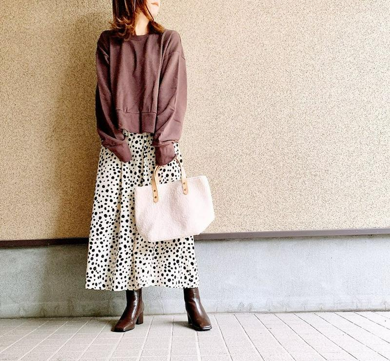 DEVILISH TOKYO(デビリッシュ トーキョー)の「メール便送料無料【エコレザーハンドルボアトートバッグ】もこもこのボアが可愛いトートバッグ。 ハンドバッグ トートバッグ ボア フ」をあわせたコーディネートです