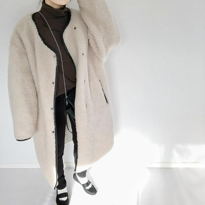 無印良品(ムジルシリョウヒン)の「ストレッチフライス編みタートルネックTシャツ 婦人XXL・モカブラウン」をあわせたコーディネートです