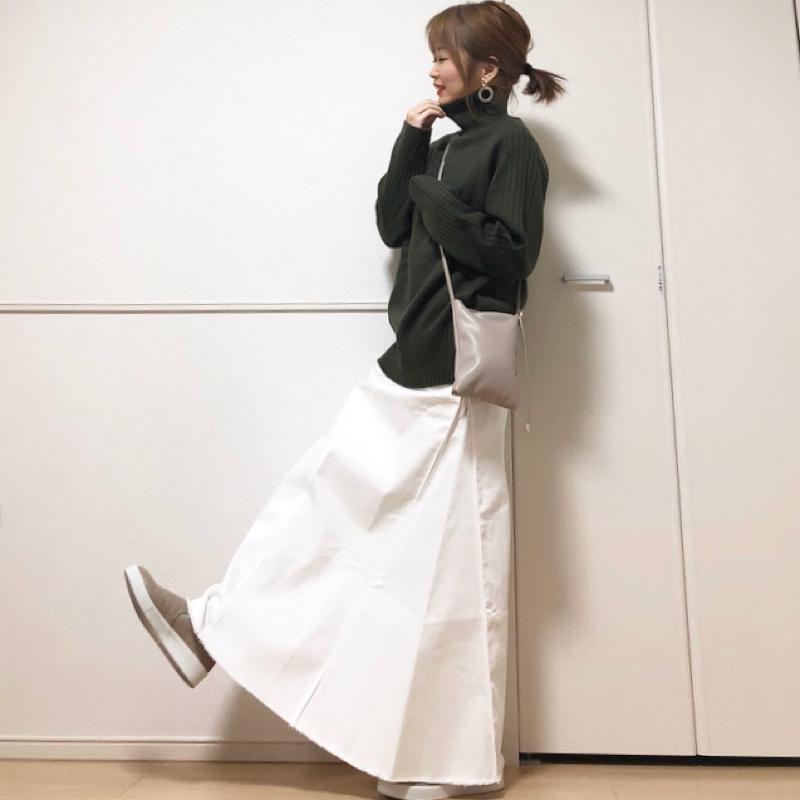 Vivian(ヴィヴィアン)の「Vivian スリッポン レディース スニーカー ぺたんこ ペタンコ ローヒール 大きいサイズ 小さいサイズ 痛くない 走れる 」をあわせたコーディネートです