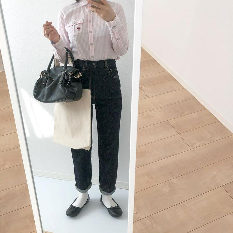 無印良品(ムジルシリョウヒン)の「足なり直角 口ゴムなし三層 ショート丈靴下(婦人・えらべる) 21~23cm・オフ白」をあわせたコーディネートです