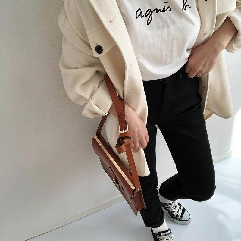 agnes b.(アニエスベー)の「FEMME/(W)S137 TS ロゴTシャツ(FEMME)」をあわせたコーディネートです