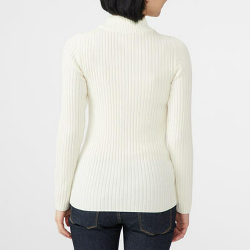 首のチクチクをおさえた 洗えるワイドリブ編みハイネックセーター 婦人XXL・オフ白