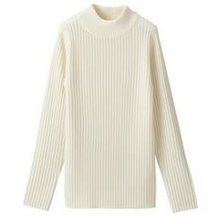 首のチクチクをおさえた 洗えるワイドリブ編みハイネックセーター 婦人S・オフ白