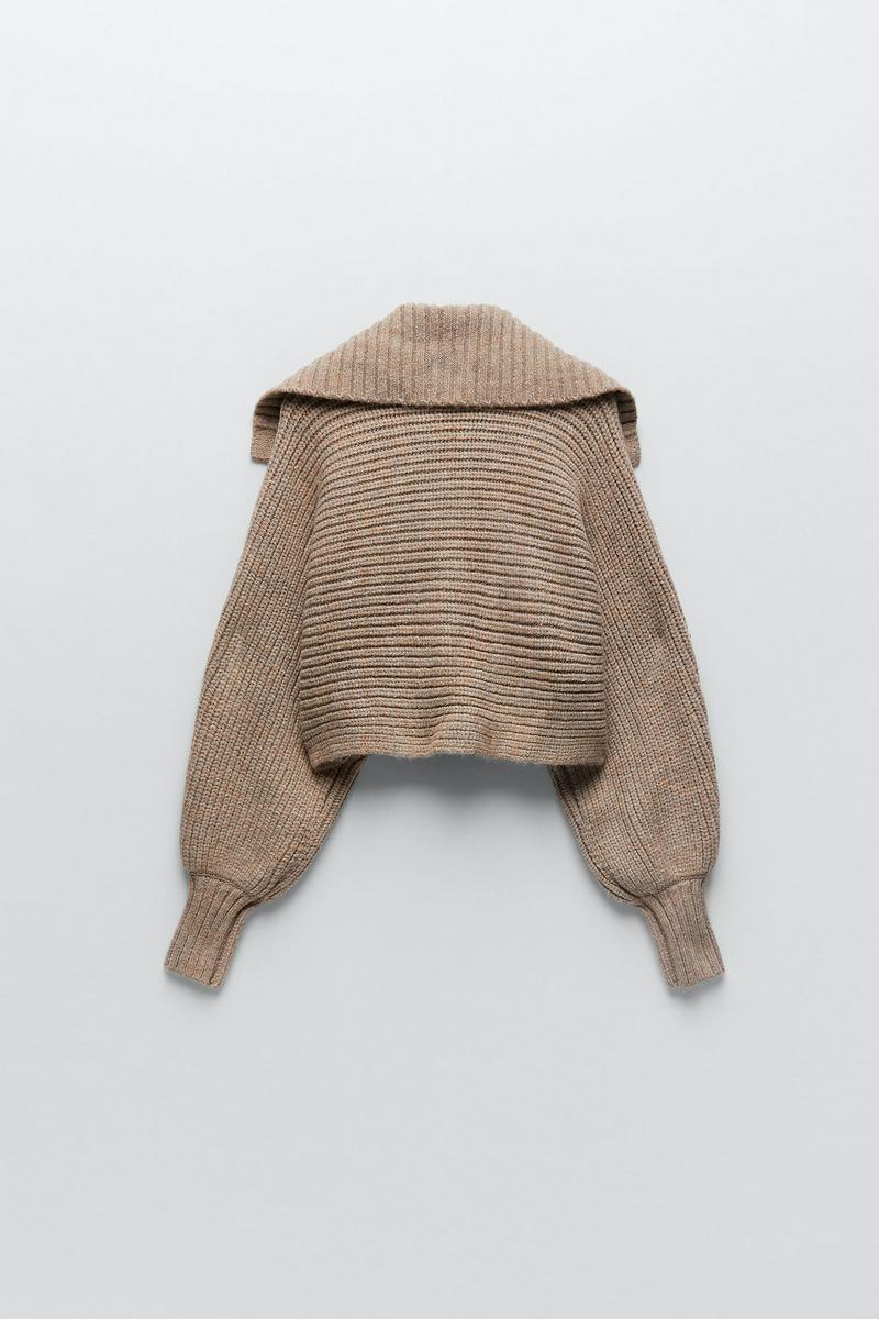 クロップド丈ニットセーター