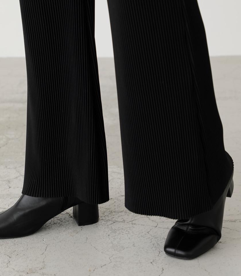【5月17日まで期間限定価格】PLEATS SEMI FLARE PANTS/プリーツセミフレアパンツ