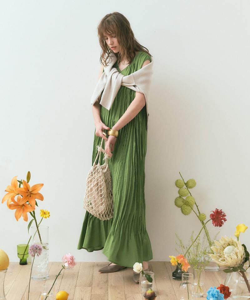 ワッシャープリーツノースリーブワンピース〔人気商品!予約〕