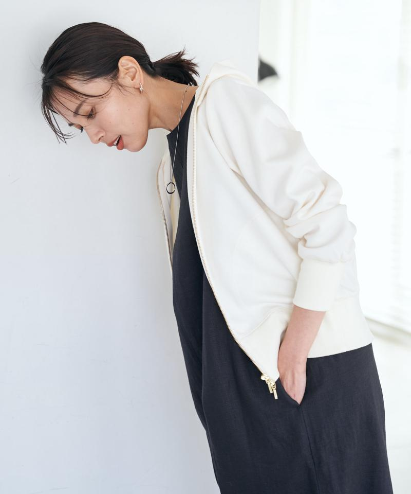 【《薄手になって登場》手洗い可】ライトダンボールZIPパーカー