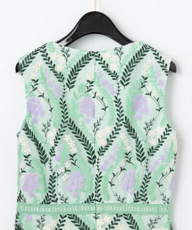 リーフフラワー刺繍ワンピース