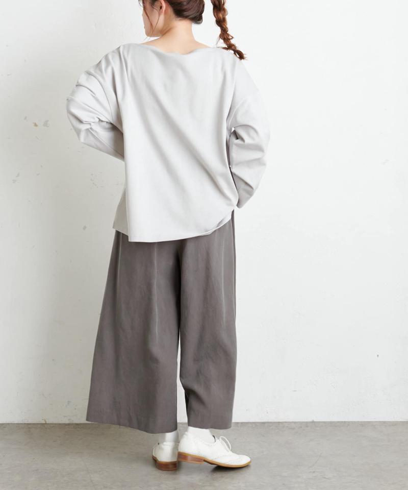 【Du noir】防油加工ロゴ刺繍プルオーバー