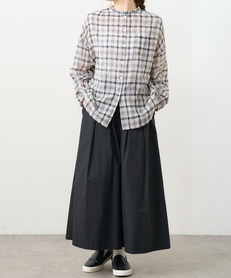 シャーリング襟フリルブラウス