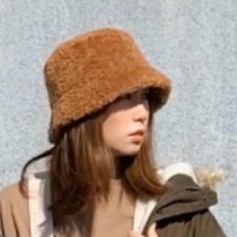UNE MANSIONの帽子